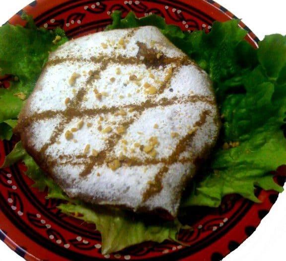 pastilla marocaine au poulet chez les délices d'orient